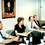 EASRA:n kokous AAKL:ssä. Vas. toiminnanjohtaja Erkki Maasalo, Brigitte Castell EASRAn, toimitusjohtaja, Raimo Kolu ja Merja Grönberg.